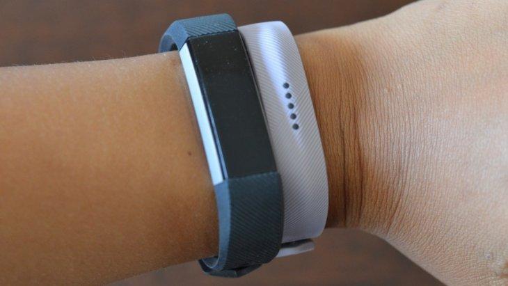 Fitbit Flex 2 first impression: Swim-friendly tracker makes a splash